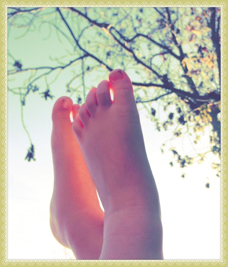 feet border_Fotor